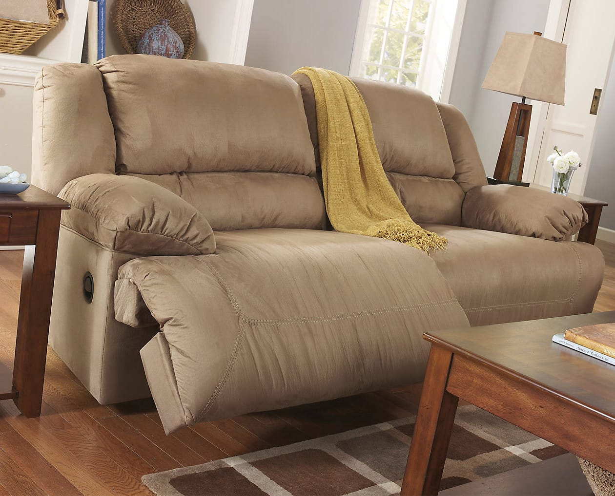 Hogan Brown 2 Seat Reclining Sofa By Ashley Furniture
