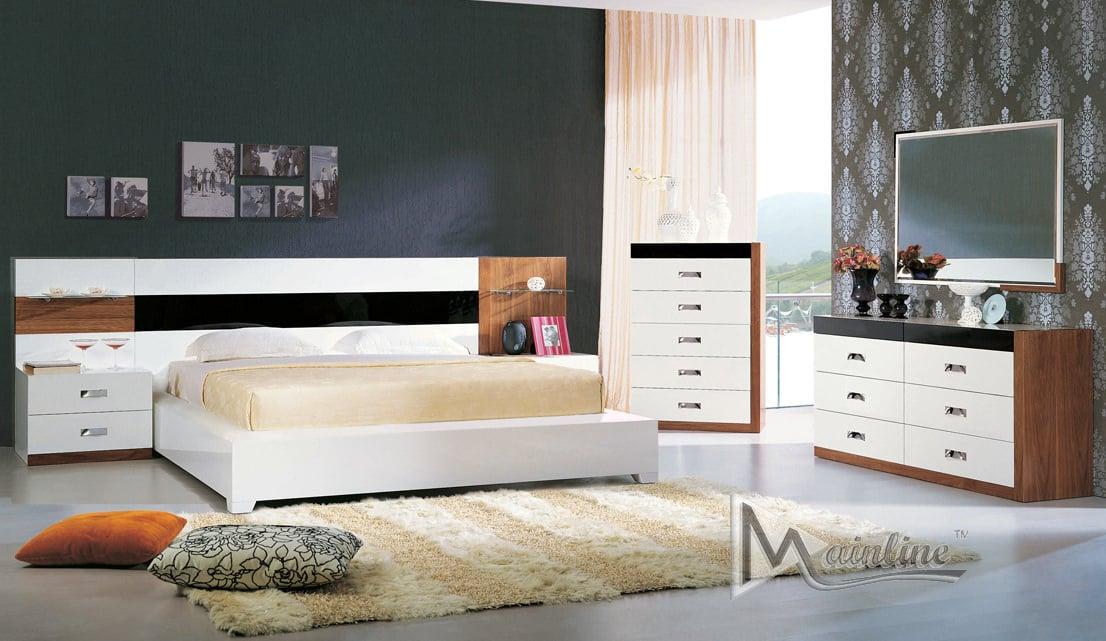 Terra Nova Bedroom Set by Mainline