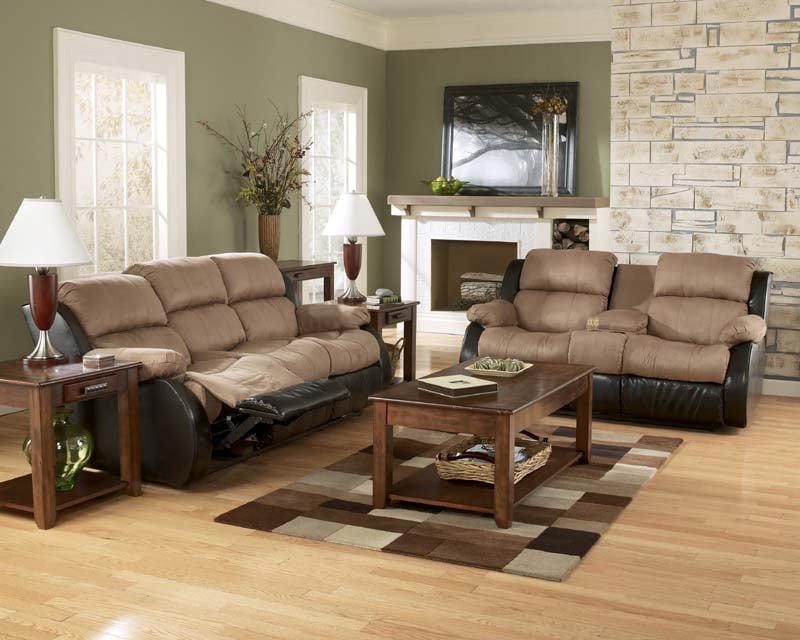 . Presley Cocao Reclining Sofa Signature Design by Ashley Furniture