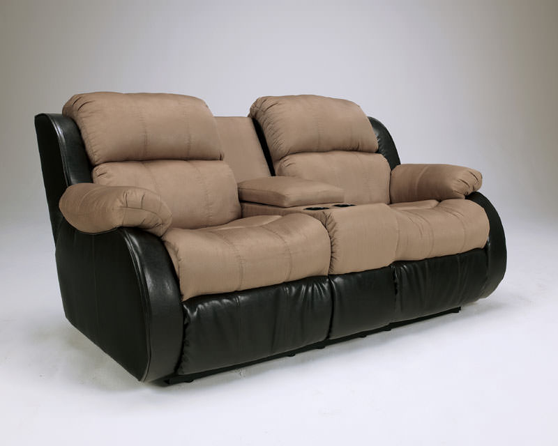 Presley Cocao Reclining Loveseat Signature Design By Ashley Furniture