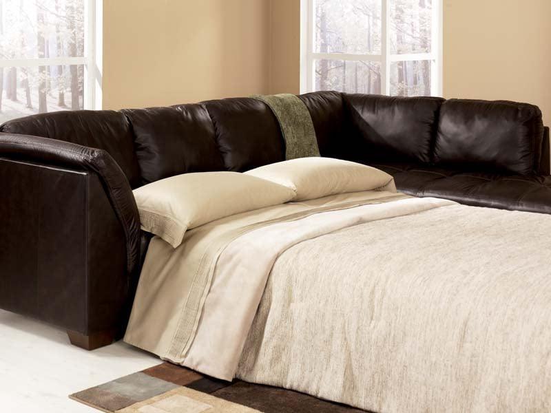 harrington chocolate sectional sofa signature design by ashley furniture