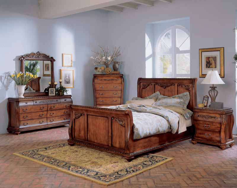 Chateau Frontenac Bedroom Set by Signature Design