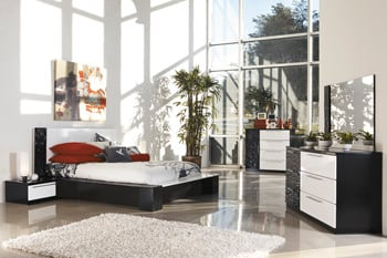B850 Piroska Black White Bedroom Set Signature Design By Ashley Furniture