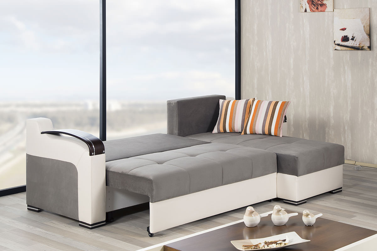 divan deluxe golf gray sectional sofa by casamode. Black Bedroom Furniture Sets. Home Design Ideas