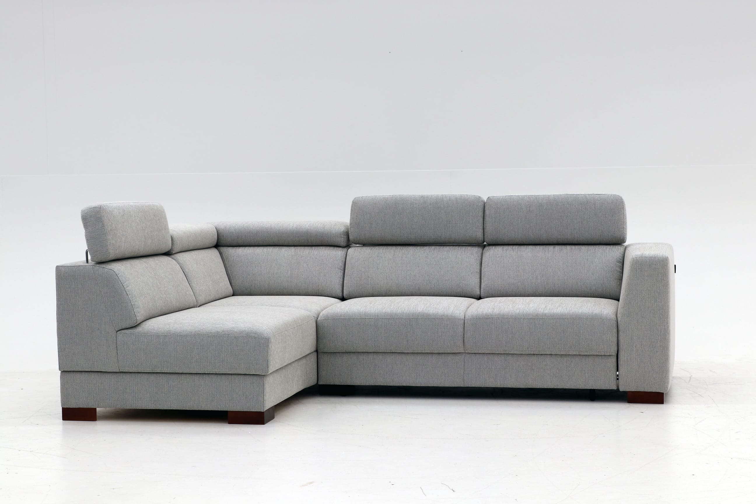 Halti Sectional Sofa Sleeper (Full XL Size) LHF by Luonto Furniture