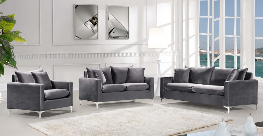 Naomi Grey Velvet Loveseat By Meridian Furniture