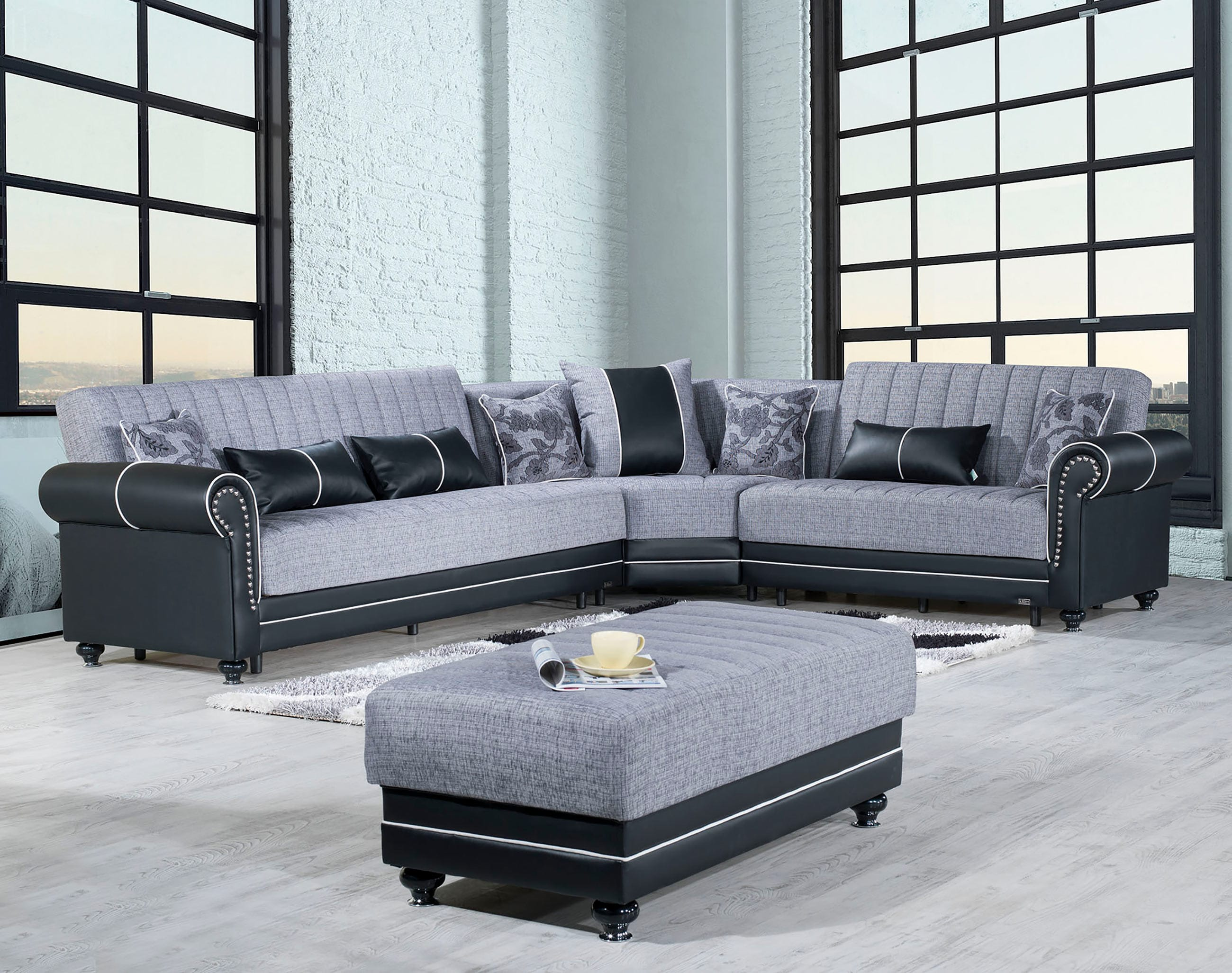 Royal Home Quantro Gray Convertible Sectional by Casamode