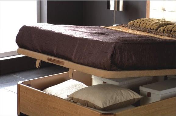 Queen Lift Storage Bed