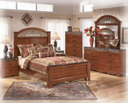 Queen Bedroom Set Signature Design by Ashley Furniture