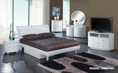 White Glossy Bedroom Set by Global Furniture